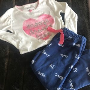 Carter's 3T girls pajama set - like new